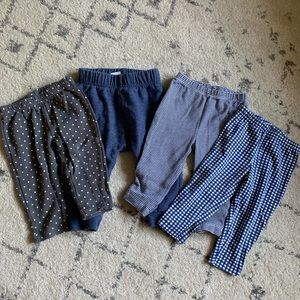 4 Pairs of Blue Baby Leggings (6-9months)